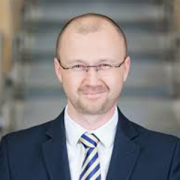 dr Adam Kowalik